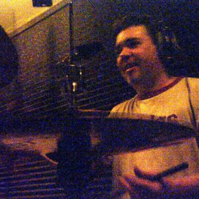 Kent obviously enjoys recording , it is a pleasure working with him. Thank you Kent!